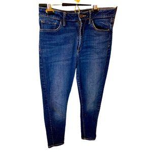 A.n.a skinny spandex jeans size 8 dark wash denim